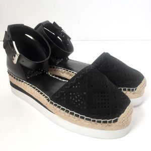 NEW Vince Camuto Black Brafina  Sandals Size 8.5